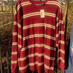 NWT round tree & Yorke Men sweater